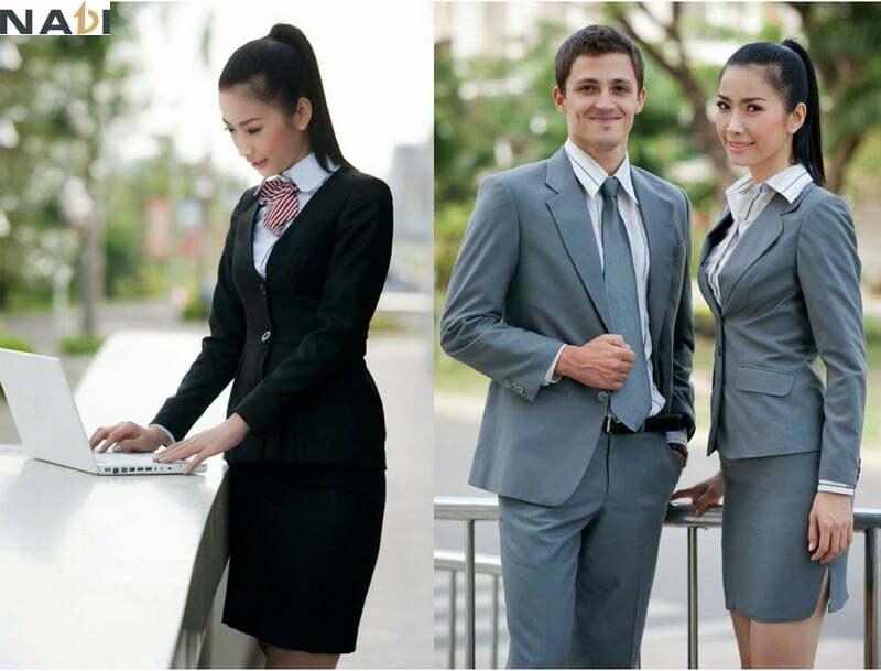 Bạn nên chọn mẫu đồng phục công sở nam nữ mang màu sắc dịt ngọt, hoặc hơi tối màu sẽ trông lịch thiệp hơn.