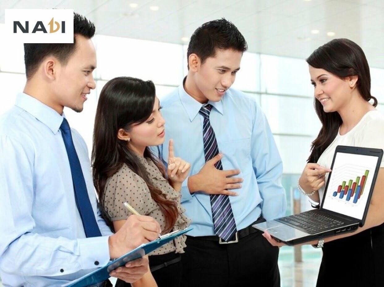 Giao tiếp trong công sở - Cách ứng xử trong giao tiếp công sở - Giao tiếp văn phòng - Giao tiếp nơi công sở